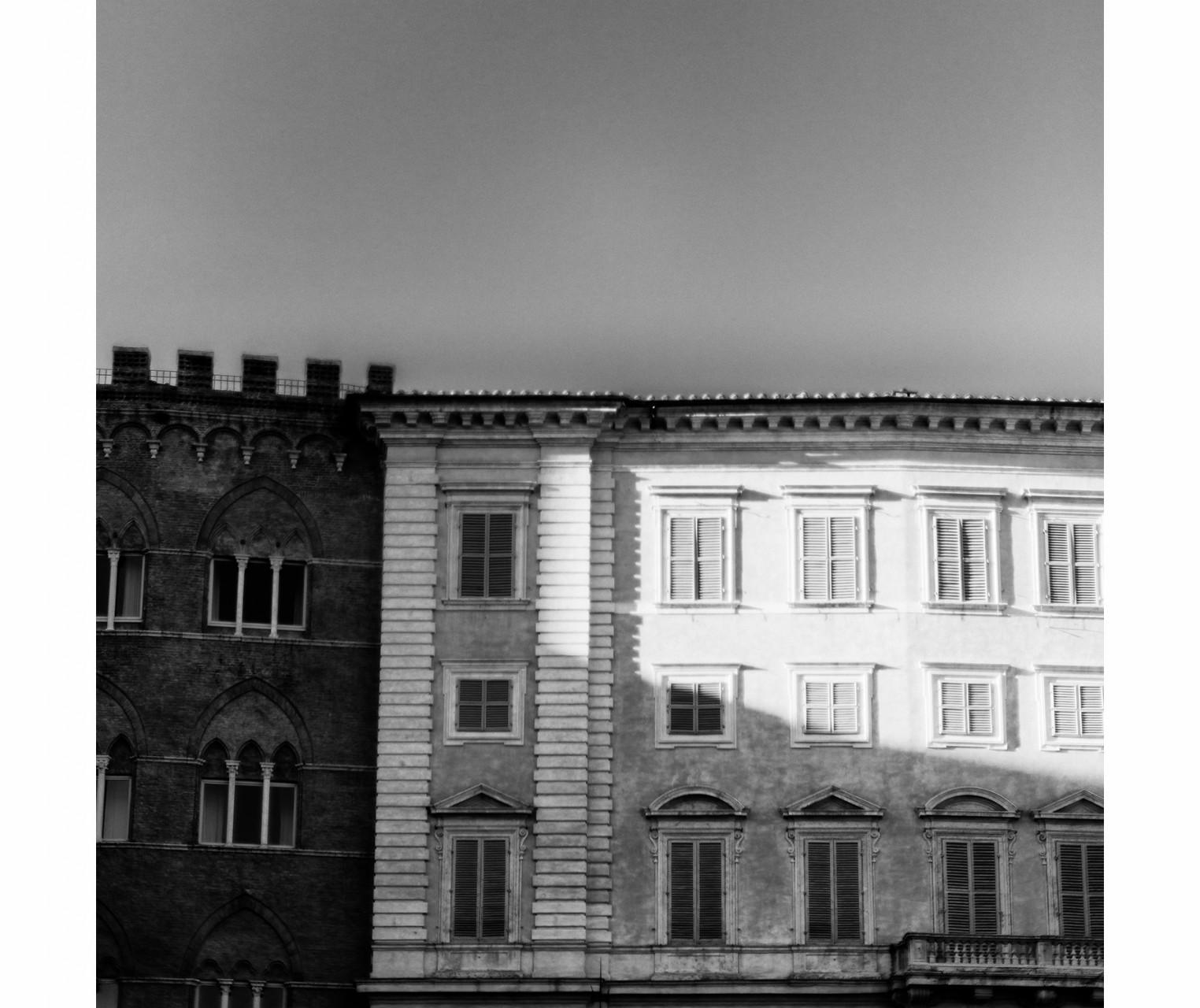 018_TuscanBuilding